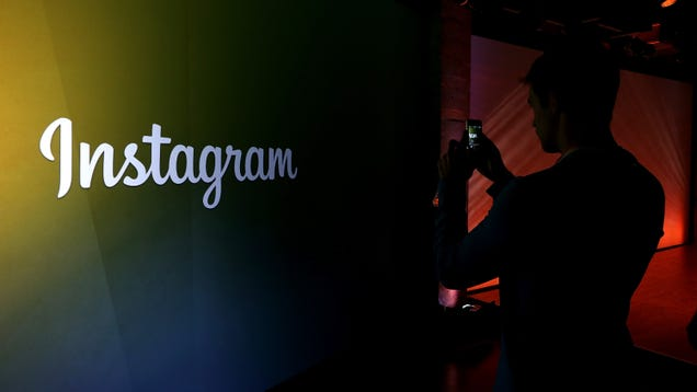 Facebook Will Attach Its Name to Instagram and WhatsApp, for Some Reason