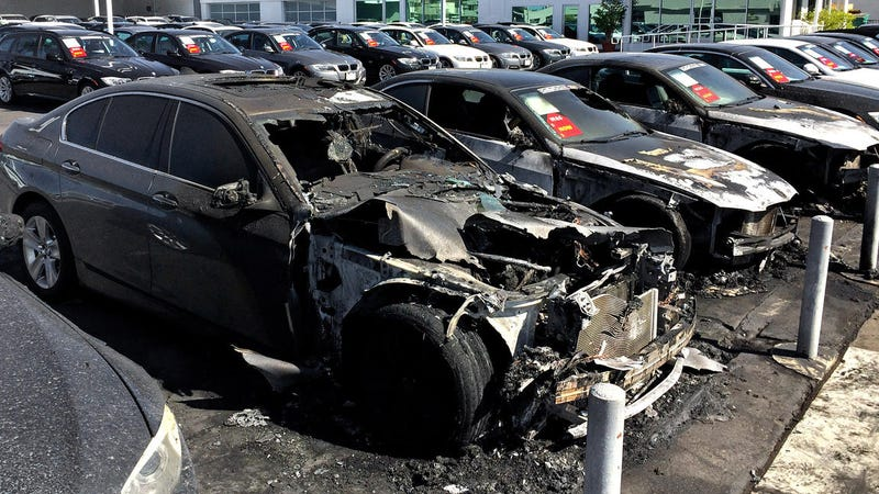 Illustration for article titled Arsonist Sets Fire To BMWs At Dealership