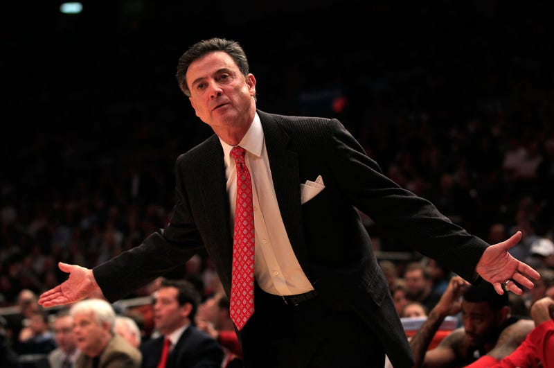 Illustration for article titled As With Many Things, Rick Pitino Pulls Out Of Puerto Rican Coaching Job After Brief Flirtation