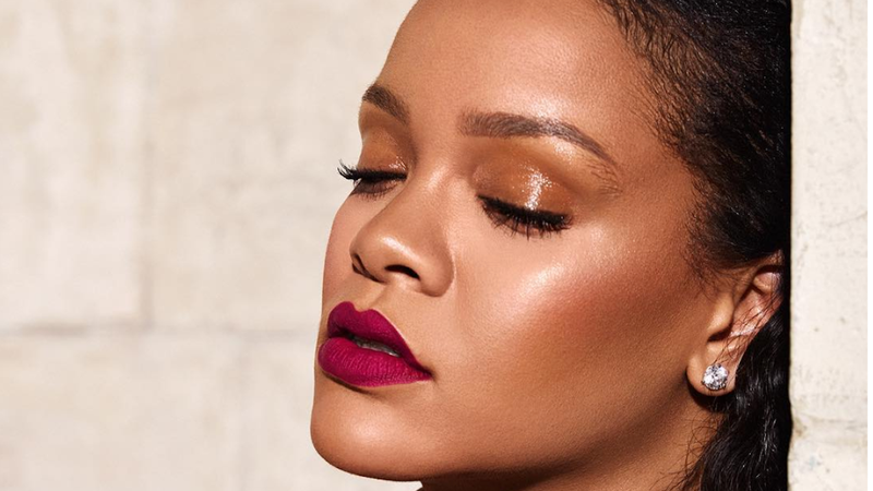 Illustration for article titled Rihanna Is Giving Us New Music in 2019, Which Is Reason Enough to Go On