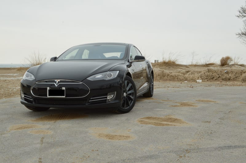 Illustration for article titled Why I wanted to hate the Tesla Model S, and why I can't.