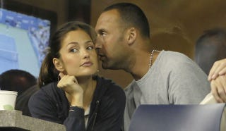 Illustration for article titled Derek Jeter And Minka Kelly Have Split, So Here's Your Chance, Dudes
