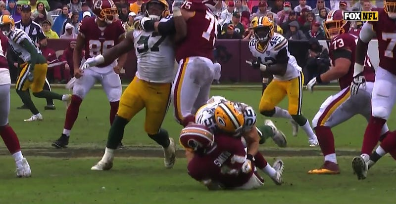 Illustration for article titled Clay Matthews Was Flagged For Another Weak Roughing The Passer Call