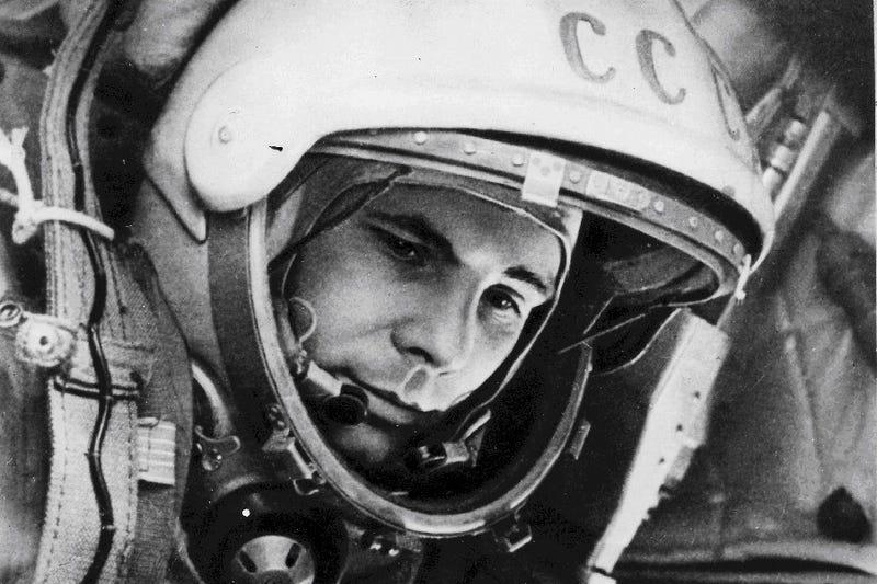Illustration for article titled Cómo llegó a la Tierra el primer hombre en el espacio (pista: no estaba en su cápsula espacial)