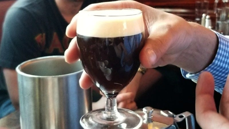Illustration for article titled How to Make an Authentic Irish Coffee