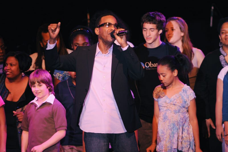 Illustration for article titled Looks Like Tevin Campbell Is Having the Best Week Ever