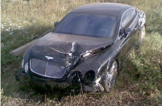 Illustration for article titled Bentley Continental GT Crashes In Russian Countryside