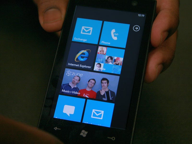 Illustration for article titled Windows Phone 7 Series Hands-On Pics and Video