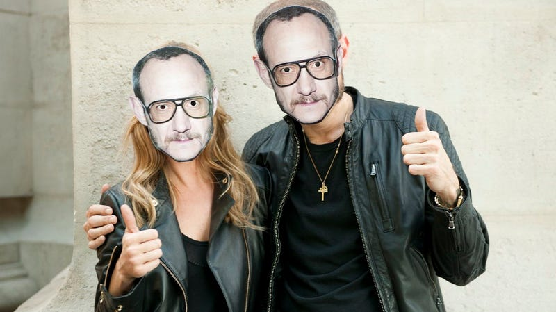 Illustration for article titled Here Are Kate Moss And Terry Richardson Wearing Terry Richardson Masks