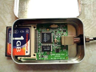 Make an altoids tin diy compactflash card reader heres a diy project for the digital photography and fresher breath enthusiast guaranteeing mintier kisses and fast transfer speeds solutioingenieria Image collections