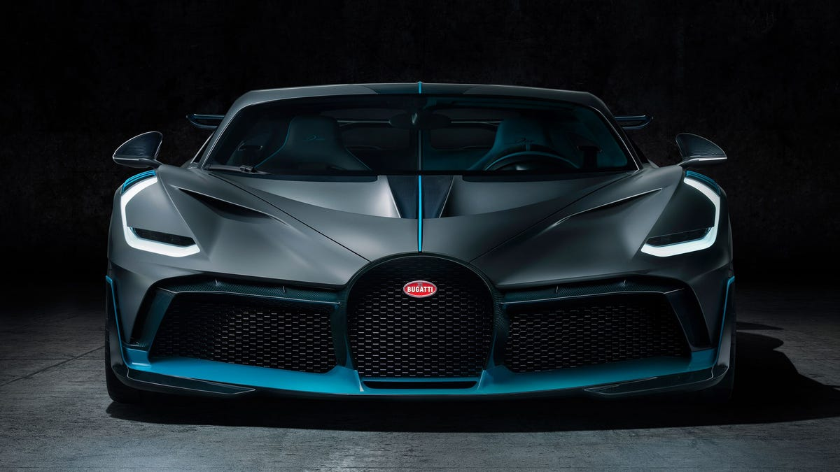 The 2019 Bugatti Divo Is The 236 Mph 5 8 Million Enthusiast S Bugatti
