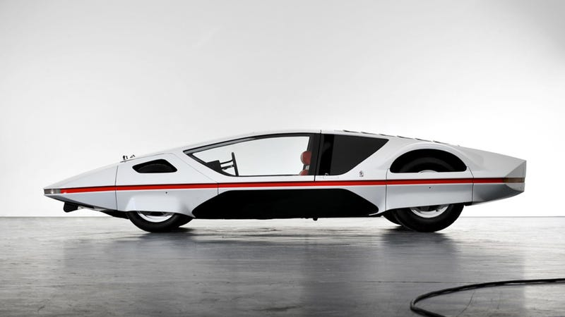 Illustration for article titled This Ferrari 512S-based Pininfarina Modulo Concept Runs And Drives For The First Time Ever