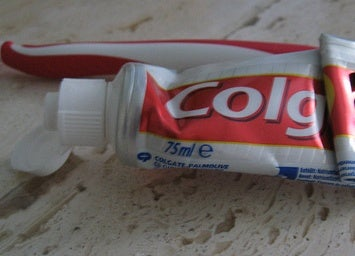 Reduce Monitor Scratches With Toothpaste