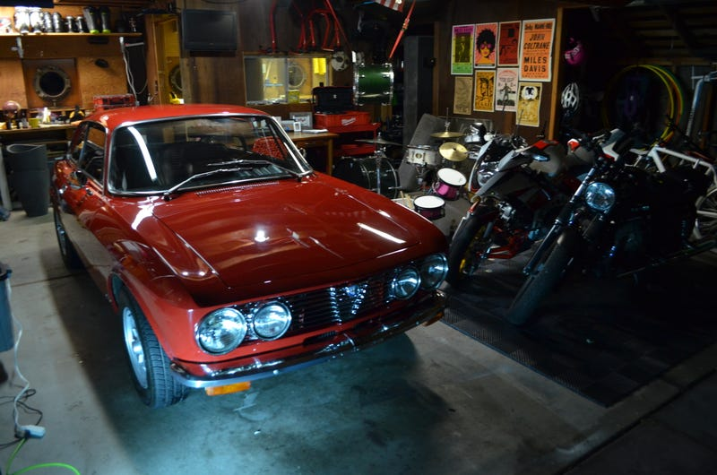 Illustration for article titled I'm an Alfisti. The 1974 Alfa Romeo GTV 2000
