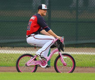 Illustration for article titled Atlanta Braves To Fans: Ride Your Bike On The Goddamn Highway