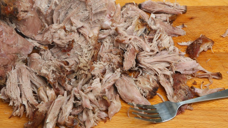 Illustration for article titled Okay, who left 20 pounds of pulled meat in an Uber?