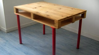 Though Many Stores Throw Them Away Without A Thought Wooden Pallets Offer An Ideal Starting Point For Inexpensive DIY Desk With Plenty Of Extra Storage