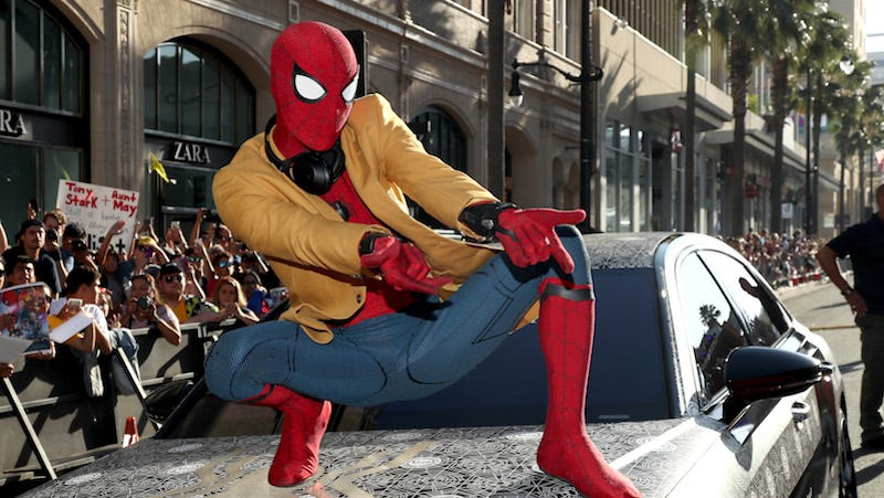 'Spider-Man: Homecoming' swings to the top