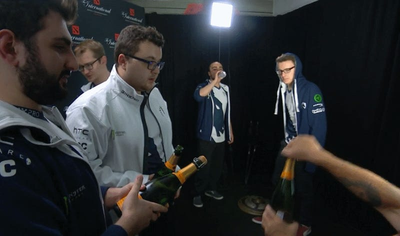 The Tradition Of Terrible Esports Champagne Celebrations Continues