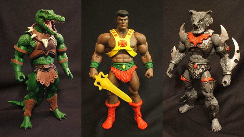 Illustration for article titled Black He-Man, Blonde Teela & Other Amazing Custom Masters of the Universe Figures