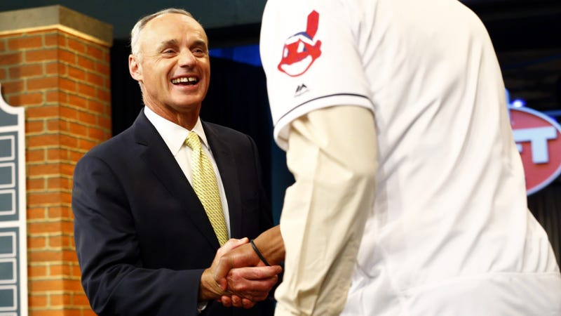 Illustration for article titled Rob Manfred Hints At Meeting With Indians Ownership To Discuss Racist Logo [Update]