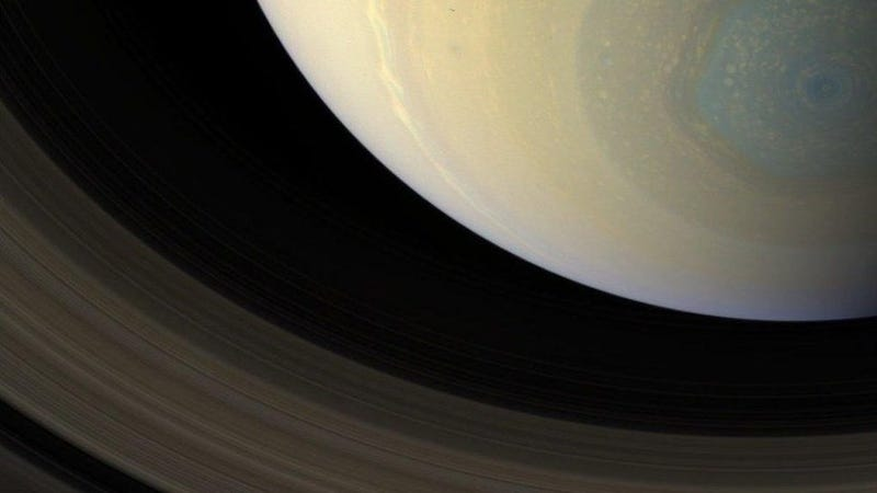 Illustration for article titled The Most Beautiful Photo of Saturn You've Ever Seen