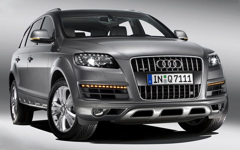 2010 Audi Q7: Styling, sel Tweaks