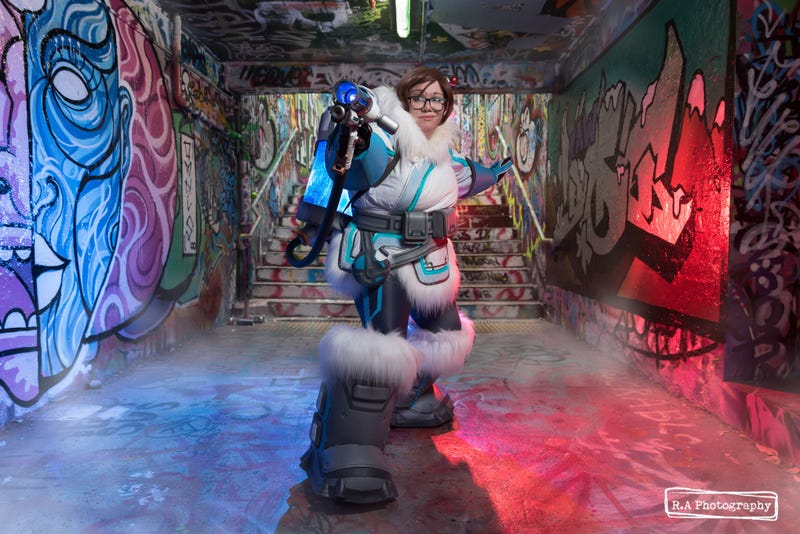 Illustration for article titled More A-Mei-Zing Overwatch Cosplay