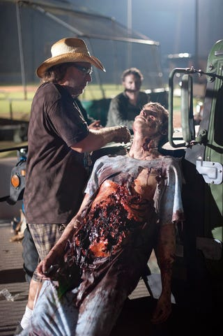 """Illustration for article titled Walking Dead Episode 3 """"Save The Last One"""" Promo Pics"""