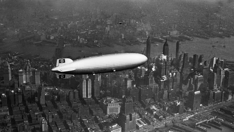 Illustration for article titled Amikor még Zeppelinnel lehetett menni New York-ba
