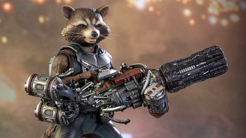 Illustration for article titled Hot Toys' Rocket Raccoon Comes With a Blaster That's Almost Bigger Than He Is