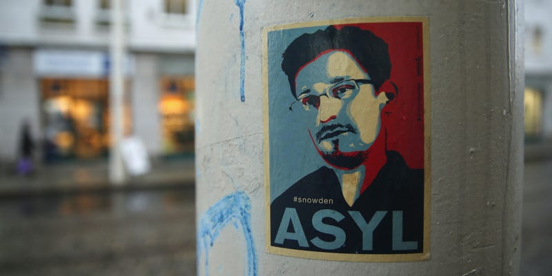 Illustration for article titled Europe's Parliament Just Voted to Grant Asylum to Edward Snowden
