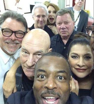Illustration for article titled Star Trek Selfie