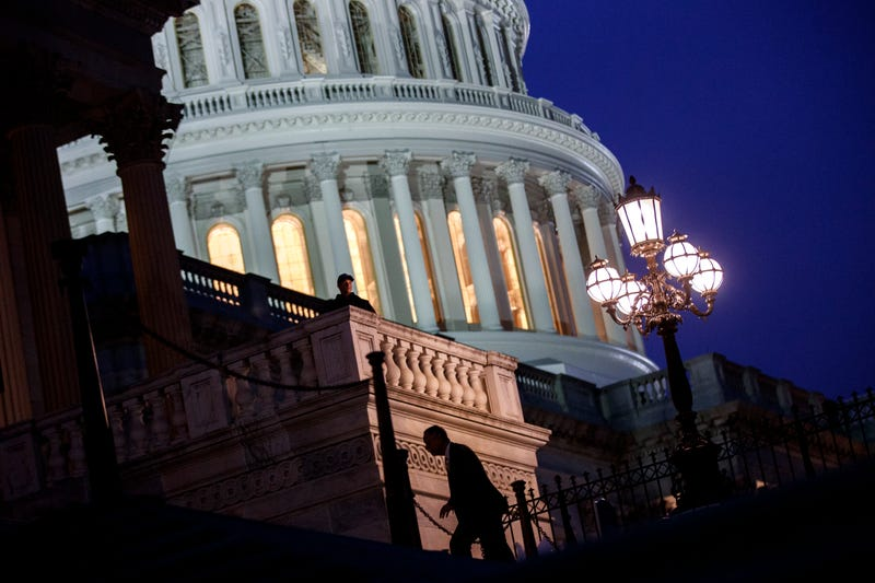 Lawmakers arrive at the House chamber to vote on the continuing resolution to fund the federal government on Capitol Hill in Washington, D.C., on Jan. 22, 2018. (Drew Angerer/Getty Images)