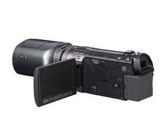 Illustration for article titled First Impressions of Panasonic's $1,400 3D Camcorder