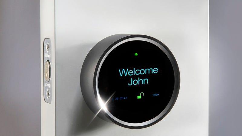 Esta cerradura electr nica te recibe tom ndote fotos - Cerraduras electronicas para casa ...