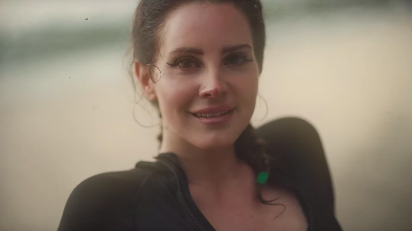 Lana Del Rey goes confessional on the meandering Norman Fucking Rockwell