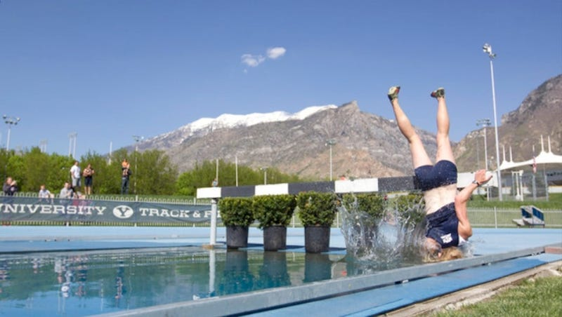 Illustration for article titled BYU Runner's Epic Steeplechase Fail Is Even Funnier In A Frame-By-Frame Photo Gallery
