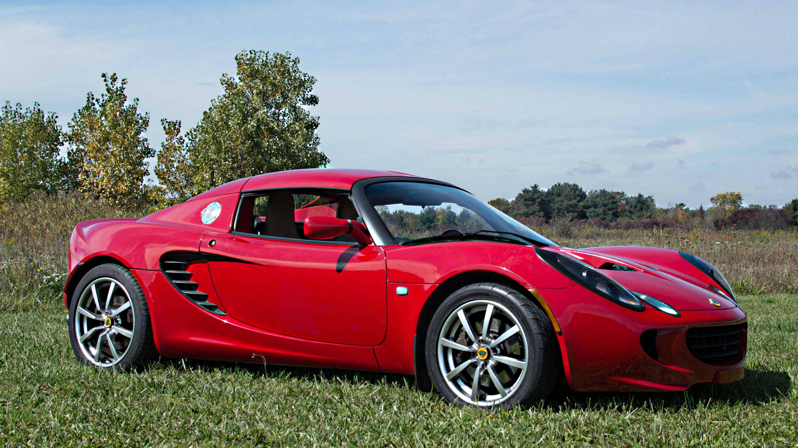 you can buy this gorgeous lotus elise for the price of a mazda miata. Black Bedroom Furniture Sets. Home Design Ideas