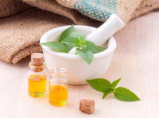 Illustration for article titled 6 Organic Essential Oils for Weight Loss