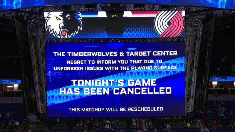 Illustration for article titled Blazers-Timberwolves Game Canceled Due To Sweaty Hardwood