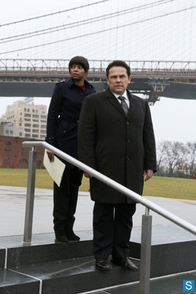 Illustration for article titled Person of Interest Episode 2.13 Promo Photos