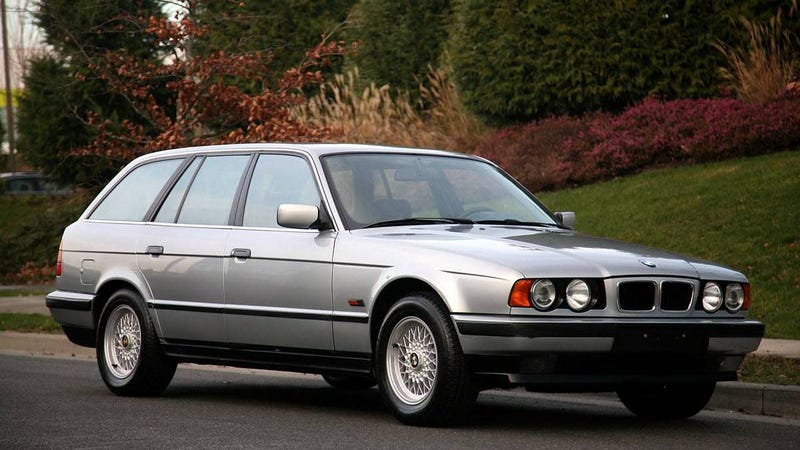 Illustration for article titled At $15,900 Canadian, Could This 1994 BMW 525tds Estate Be The New Family Canuckster?
