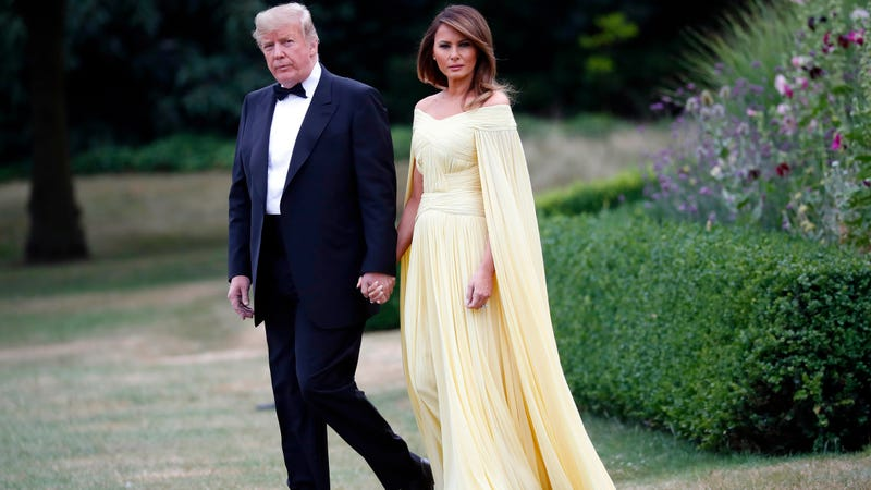 Melania Trump Wears Yellow Gown To Dinner With Uk Prime Minster