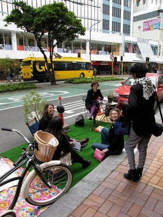 Illustration for article titled PARK(ing) Day: Anti-Parking Activists Steal Spots Around World