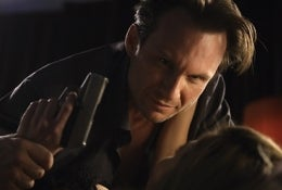 Illustration for article titled Christian Slater + Mindwipe Drama = Surprise Win?