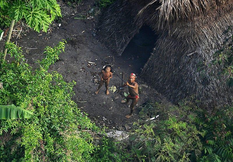 Illustration for article titled Un nuevo misionero ha entrado en el territorio de una tribu que jamás ha tenido contacto con el mundo exterior