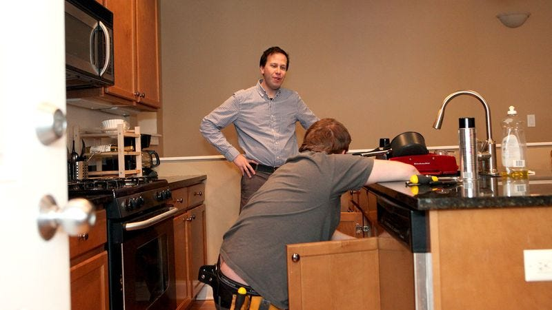 Illustration for article titled Hero Of The Common Man Talks To Plumber For Entire Time He's In House