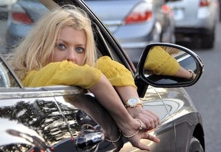 Illustration for article titled And This Is How Tara Reid Gets Out Of A Speeding Ticket