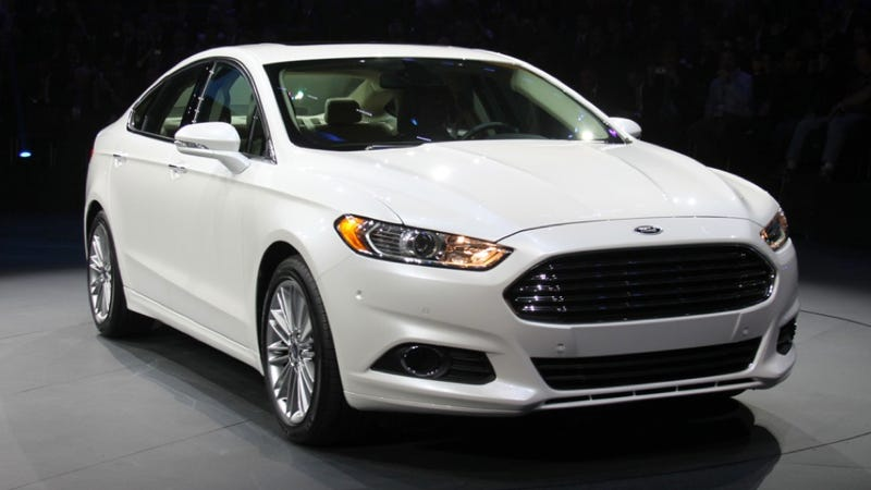 Illustration for article titled 2013 Ford Fusion: Detroit Auto Show Live Photos, Info